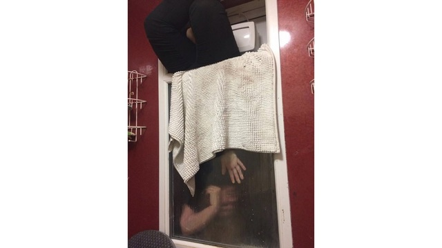 Tinder date ends after woman gets stuck in window