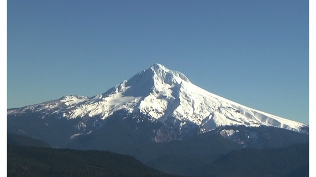 climber who fell 300 feet on mt hood rescued