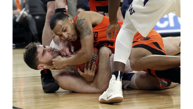 Oregon State beats Washington in overtime of P12 Tourney