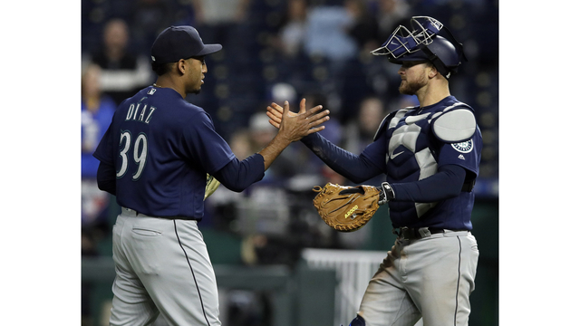 Seager carries Mariners over Royals, 4-2