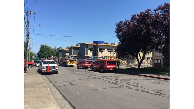 small roof fire contained at new troutdale elementary