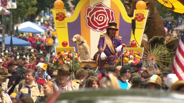 grand floral parade d