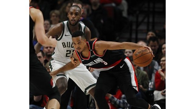 Bucks Trail Blazers Basketball_1541572022275