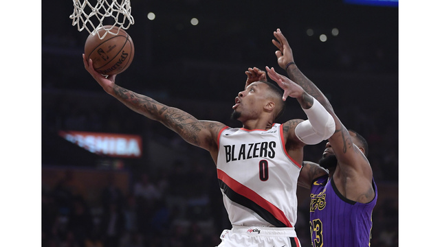Trail Blazers Lakers Basketball_1542263126001