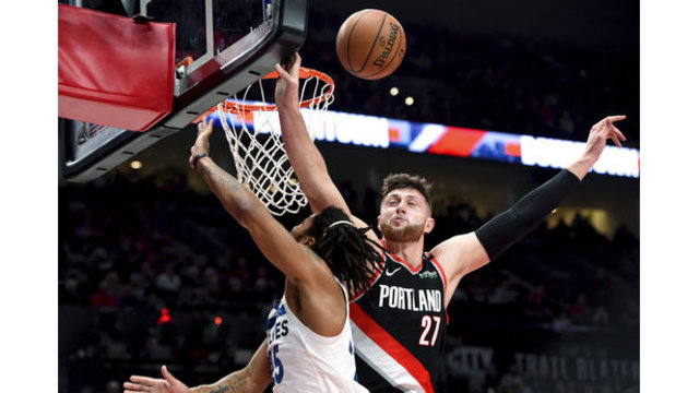 Timberwolves Trail Blazers Basketball_1544334309066