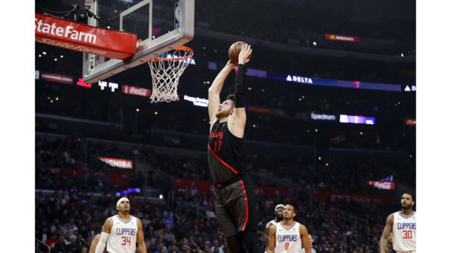 Trail Blazers Clippers Basketball_1545114294413