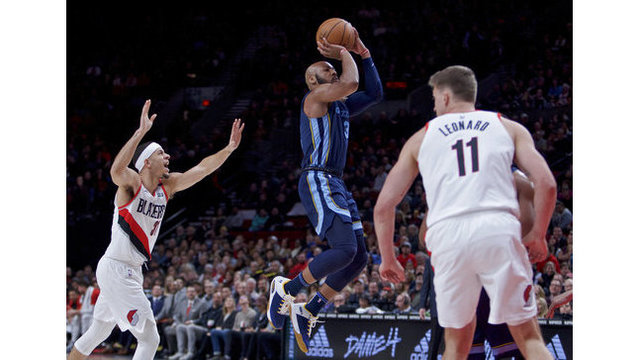 Grizzlies Trail Blazers Basketball_1545285076887
