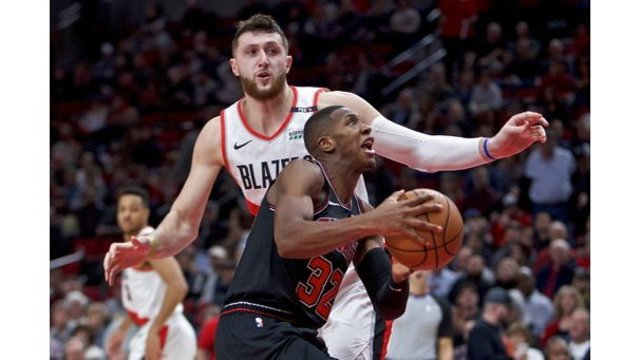 Bulls Trail Blazers Basketball_1547097760746