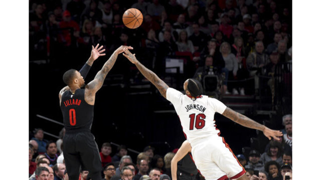 Heat Trail Blazers Basketball_1549436094273