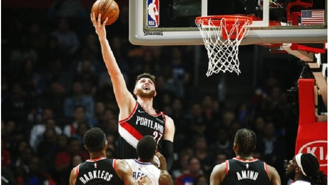 Trail Blazers Clippers Basketball_1552454169650