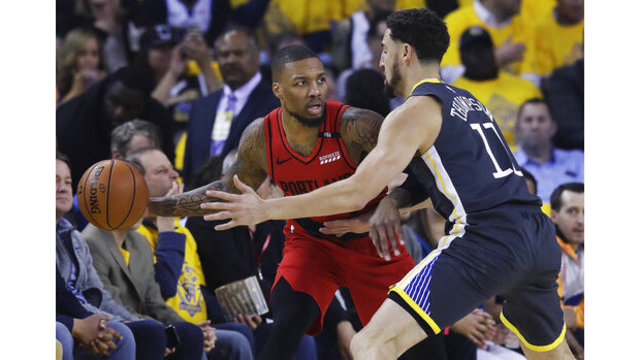 Blazers can't hold lead, in 0-2 hole vs Warriors